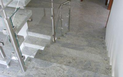 notranje stopnice 25